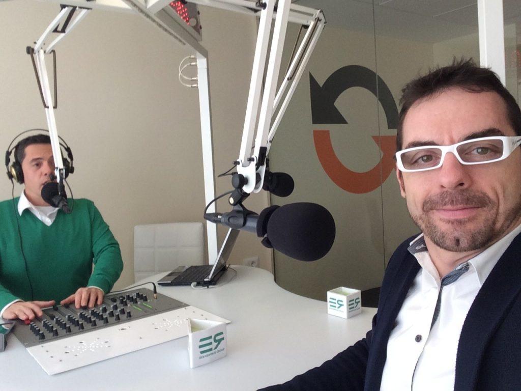 Echaleku junto a Rafa Lupión en Radio Emprende